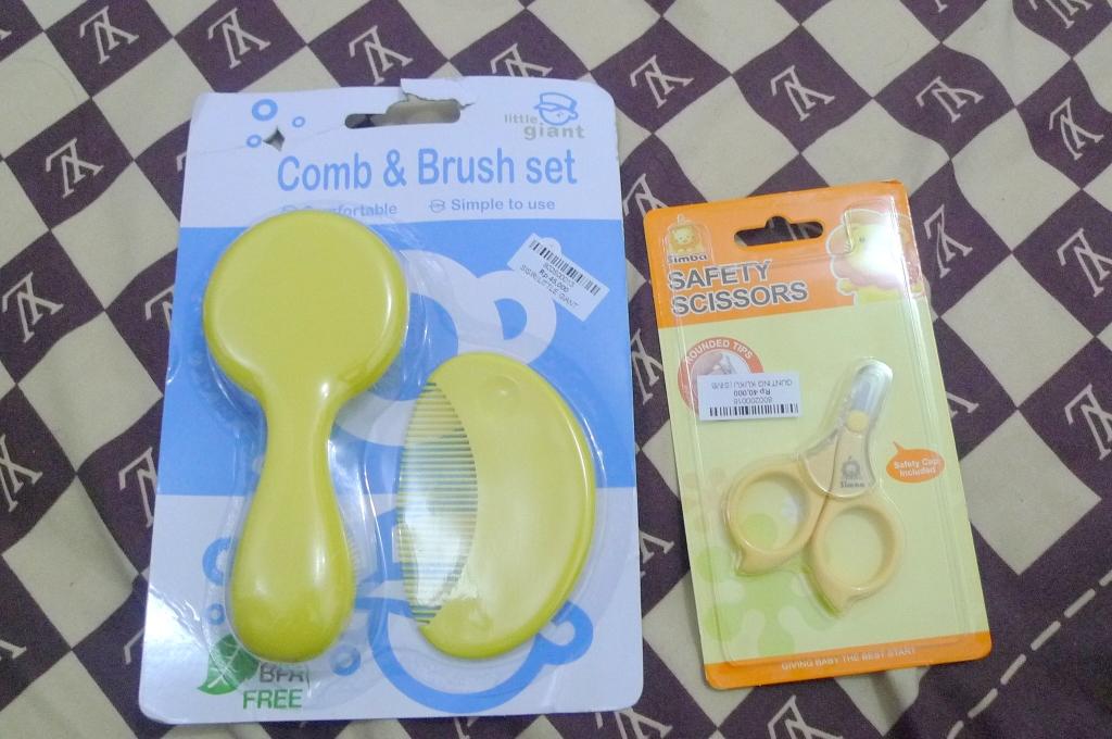 Super Soft Comb & Brush Set - IDR 45.000 / Simba Gunting Kuku - IDR 40.000