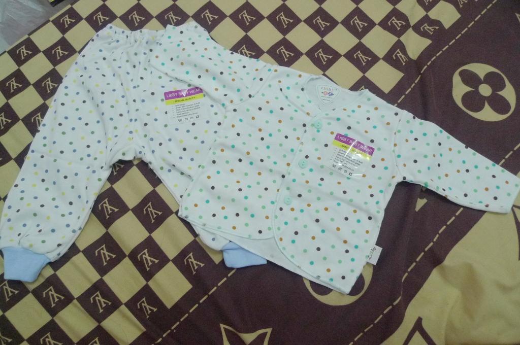 Set Baju Lengan Panjang Libby - IDR 80.000